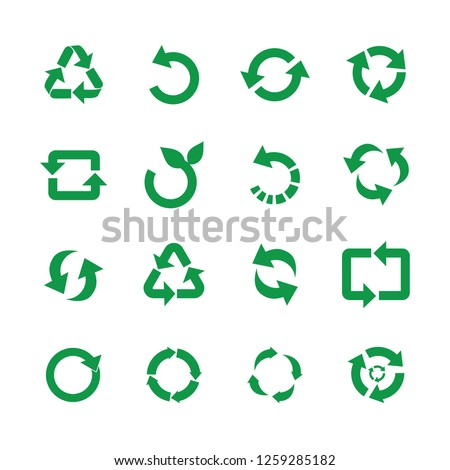 Zero waste and reuse symbols vector illustration set with various simple flat green signs of recycle with arrows in different forms for eco friendly materials and environmental protection concept. Foto stock ©