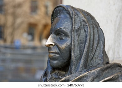 STOCKHOLM, SWEDEN - DECEMBER 23:  Detail of statue the famous actress Margaretha Krook (1925-2001), outside the Royal theater in Stockholm, Sweden on December 23, 2014