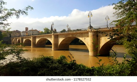 Stone Arch Bridge (Puente de Piedra) Over the River Ebro in Logroño, Spain