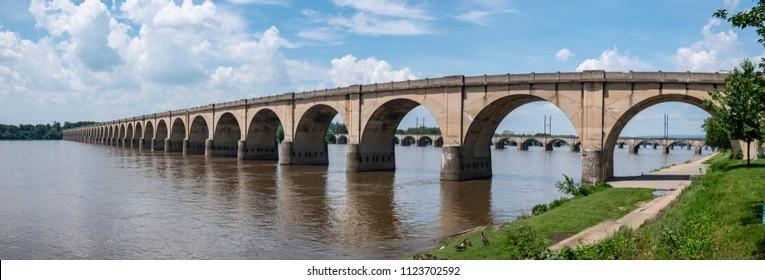 Stone Arch Bridge Susquehanna River Harrisburg Pennsylvania