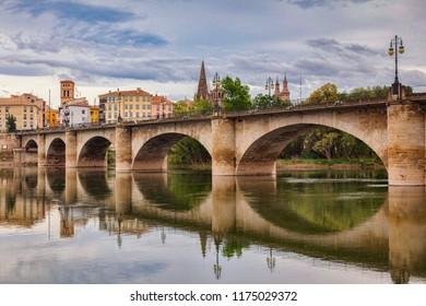 The Stone Bridge, Puenta de la Piedra, Logrono, La Rioja, Spain. The Camino de Santiago passes through the city.