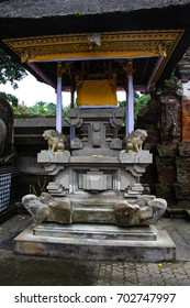 stone carved balinese statuetes depicting dietys and gods at Pura Tirta Empul