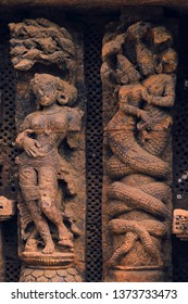 Stone carving of hindu god and godess at Konark, Sun temple