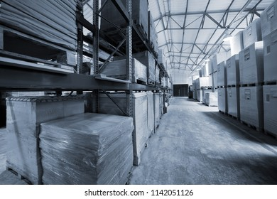 storage of goods in a modern warehouse
