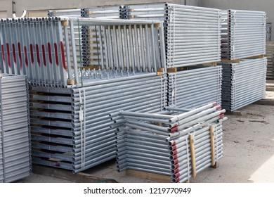 Storage of scaffolding accessories