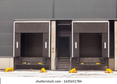 store rear entrance for cargo unloading with closed roll gates