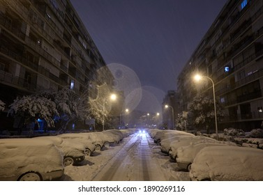 The storm Filomena leaves a historical snowfall in the streets of the Las Águilas neighborhood in Madrid. Spain