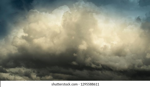 Stormclouds - Rainstorm Is Approaching