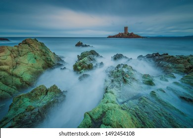 Stormy afternoon on the french coastline - Le Dramont