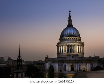 St.Paul Cathedral at Sunset - London