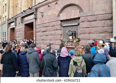 ST.PETERSBURG, RUSSIA - APRIL 06, 2017:  A meeting of citizens in memory of the victims of the terrorist attack on 3 April 2016 at the building of the metro Institute of Technology