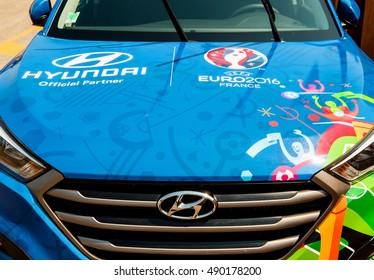 Centro Assistenza Hyundai.Immagini Foto Stock E Grafica Vettoriale A Tema Hyundai