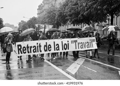 STRASBOURG, FRANCE - MAY 12, 2016: Retire labor law placard as thousand of people demonstrate as part of nationwide day of protest against labor reforms by France Government