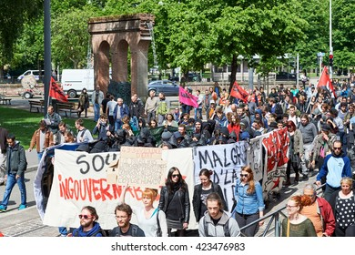 STRASBOURG, FRANCE - MAY 19, 2016: Retire labor reform placard during a demonstrations against proposed French government's labor and employment law reform
