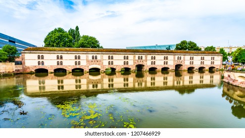 Strasbourg, France: Vauban Dam (Barrage Vauban), a bridge, weir and defensive work erected in the 17th century on the River Ill in the Little France quarter, at that time known as the Great Lock