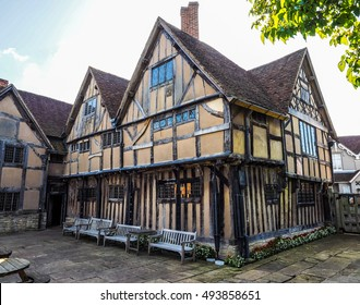 STRATFORD UPON AVON, UK - SEPTEMBER 26, 2015: William Shakespeare birthplace (HDR)