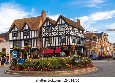 STRATFORD-UPON-AVON, ENGLAND - JUNE 15, 2016: Half-timbered house in Stratford upon Avon, England, United Kingdom on June 15, 2016