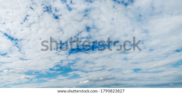 stratocumulus-clouds-panoramic-view-mass