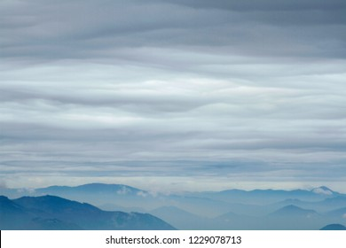 Stratus and orographic clouds over West Cascades, from Carpenter Mountain fire lookout, H.J. Andrews Experimental Forest, Willamette National Forest, Oregon, USA