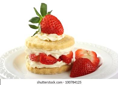 Erdbeeren und Sahnekuchen