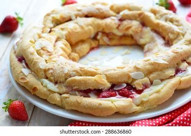Strawberry and custard cake, close-up, selective focus