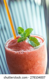 strawberry smoothie - soft focus with film filter