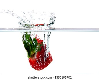 Strawberry splash with great colors and detail