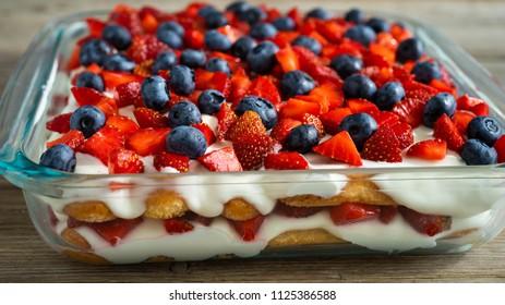 Strawberry tiramisu with mascarpone and blueberry