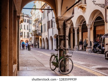 Street arcade in Padua (Padova), Veneto, Italy.