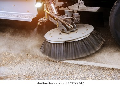 Street cleaning equipment special municipal truck brushes of street cleaning machine