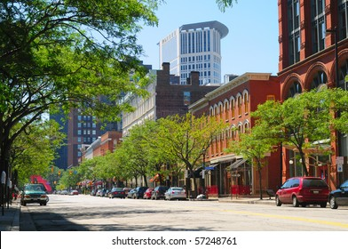 A street in downtown Cleveland Ohio's trendy Warehouse District, with the Justice Center rising behind