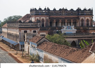 Street at Kanadukathan in the Chettinad region of Tamil Nadu, India. The area is known for mansions, many no longer occupied, built in the last century by the Chettiars, formerly prosperous financiers