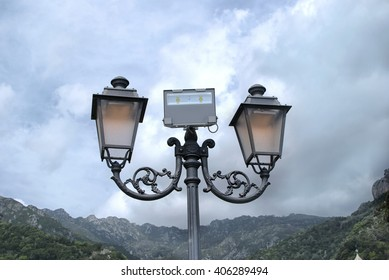 Street lamp iron classic ornamental