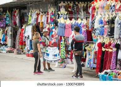 a street market at the ao Pattaya Bay in the city of Pattaya in the Provinz Chonburi in Thailand.  Thailand, Pattaya, November, 2018