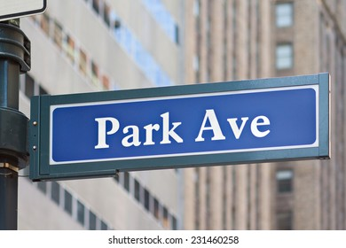Street name sign of Park Avenue