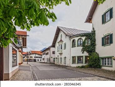 Street painting houses in village Oberammergau, Bavaria, Germany