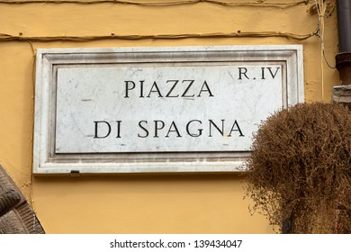 Street plate of famous Piazza di Spagna. Rome. Italy.