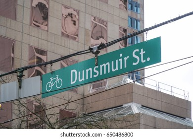 Street sign Dunsmuir Street in Vancouver - VANCOUVER / CANADA - APRIL 12, 2017