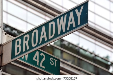 Street sign on the corner of Broadway and 42nd Street in Manhattan, New York City