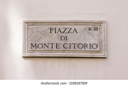 Street sign Piazza de Monte Citorio in Rome, Italy