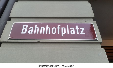 Street sign station square in Bern