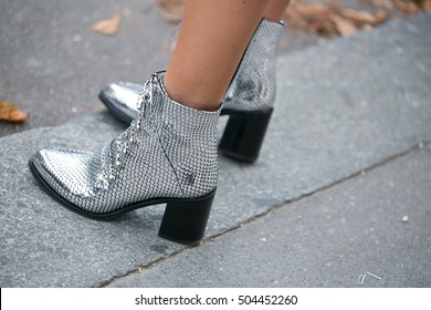 Street style Shoes
