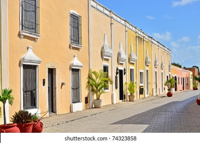 Street in Valladolid, Yucatan, Mexico