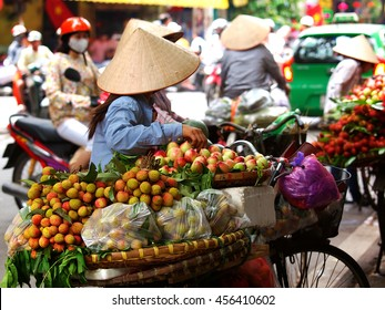 The street vendors in Vietnam
