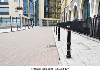 Street View in a the Central Business District of a Typical English City