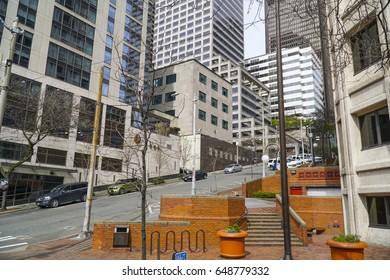 Street view in Seattle Downtown - SEATTLE / WASHINGTON - APRIL 11, 2017