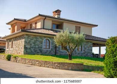 Street viewo of a beautiful house