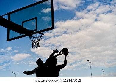 Streetball players sihouette