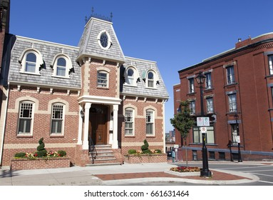 Streets and architecture in Saint John downtown (New Brunswick, Canada).