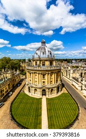 Streets of Oxford, Oxfordshire, England,UK,Europe - overview from a church's tower with the Bodleian Library